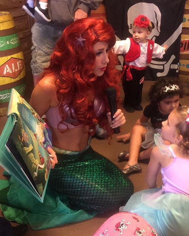 Happy #MermaidMonday 💦 Looking back at the SPLASHING good time we had at _jerseyshorepirates this p
