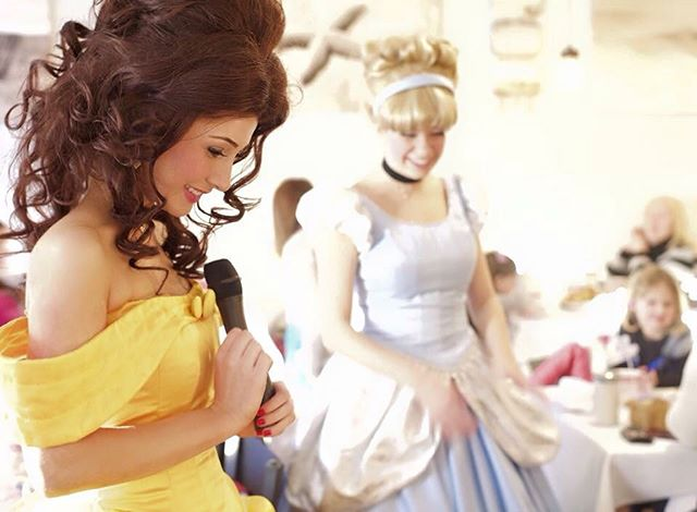 Belle and Cinderella will see you tonight _jenksboardwalk #seaoflights from 6-9pm! #christmas #jenks