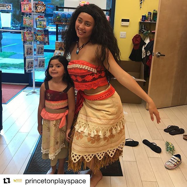 #Repost _princetonplayspace_・・・_Oh hey #moana🌺🌊! And look at her #minime!#playmatters #kids #infan
