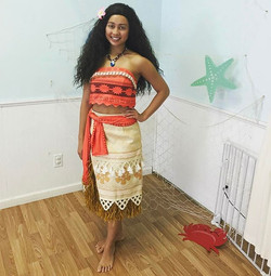 Welcome to The Party Fairy #Moana! Such a blast today at _littledreamerspc having a #moanaluau 👑🏝�