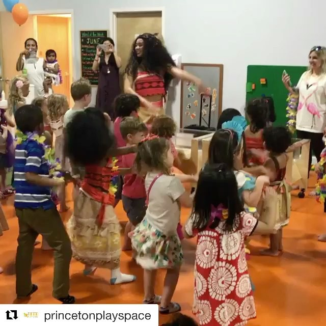 #Repost _princetonplayspace_・・・_#Huladancing with #moana🌺🌊🌴 - one of the most unforgettable and c