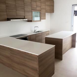 Kitchen Cabinet KC1004