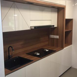 Kitchen Cabinet KC1001