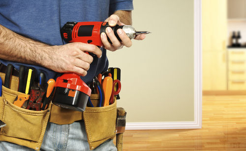 why-should-you-consider-handyman-service