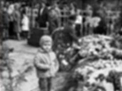 9 мая 1966 года - у Братской Могилы в Луговой