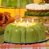 Bunt Delight Candle - Lime & Sugared Almond