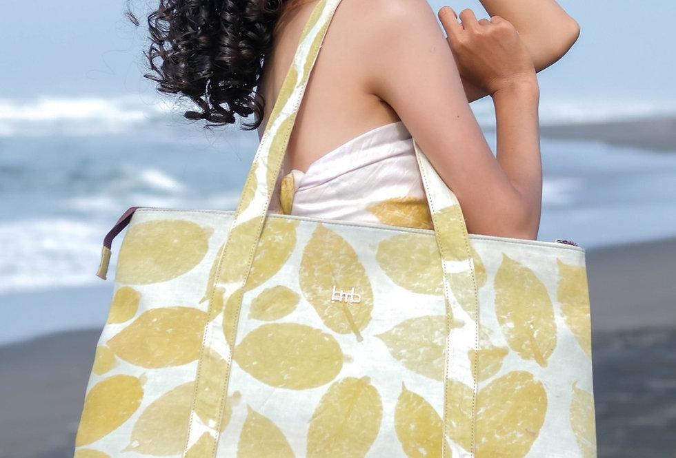 Victoria Eco Print Beach  Bag in Yellow Lemon