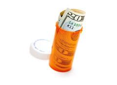 cr122k11-Pill_Bottle_Money