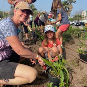 Volunteer Planting Day