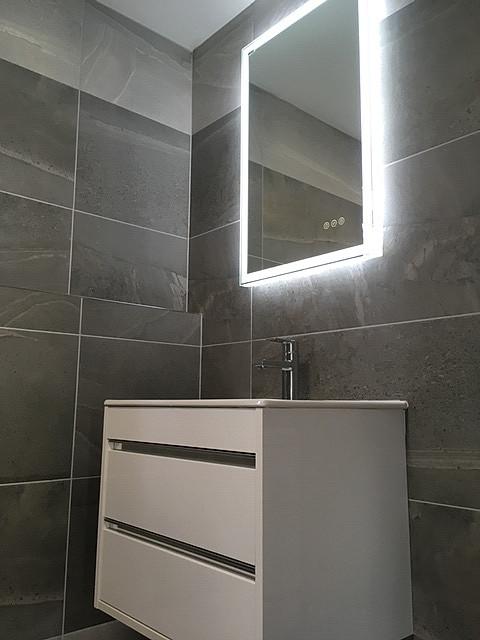 Wall hung Basin with Integrated handles