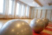 jumppapallo, harjula-sali, jumppa, kuntojumppa, liikunta, ryhmäliikunta, tyky päivä, tyhy päivä