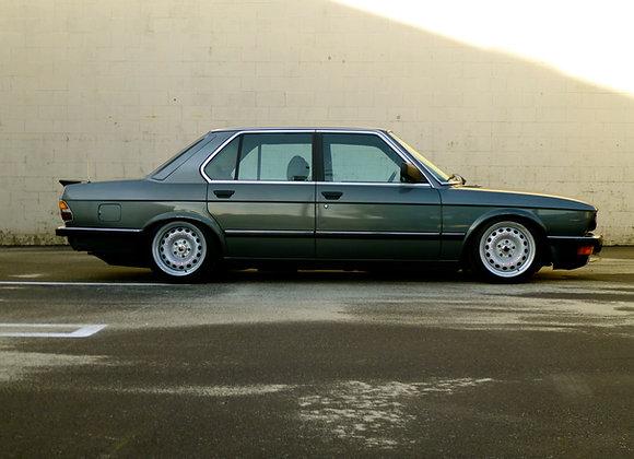 """BMW E28 CORSA GT-100 SERIES 17"""""""