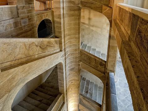 CNCS .Escalier latéral