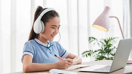 happy online learning middle school.jpg