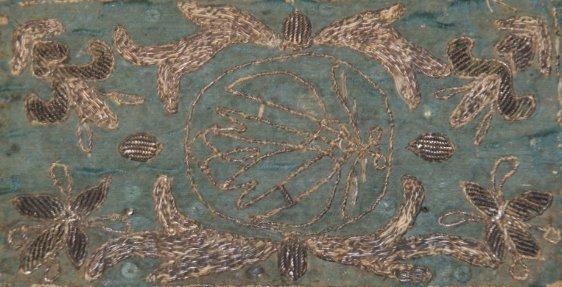 Grøn silke m sølvtråde omkr. 1680