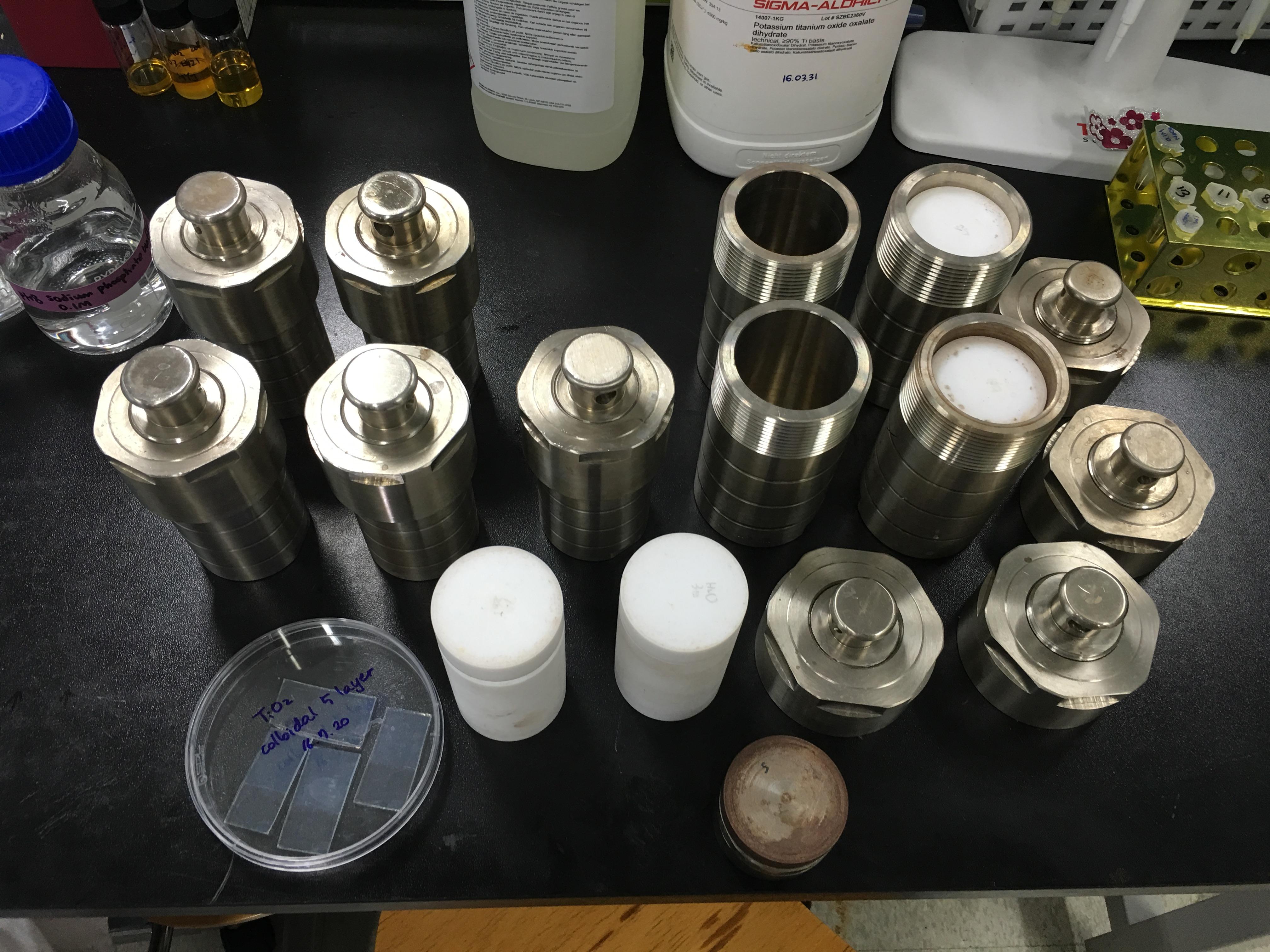 Hydrothermal reactors