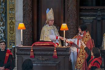 La Obispo de Londres, Sarah Mullally, es la obispo con mayor importancia dentro de la jerarquía ecle