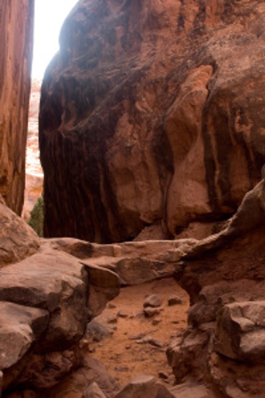 Walk Through Arch in the Fiery Furnace in Moab Utah