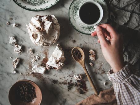 Fransk maräng med kaffe och choklad