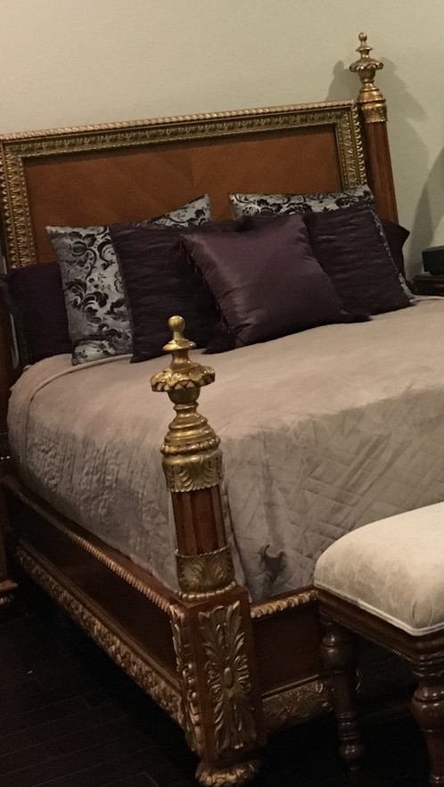 Bellissimo Queen Size Bed Furniture | Ruby Rosette Consignment ...