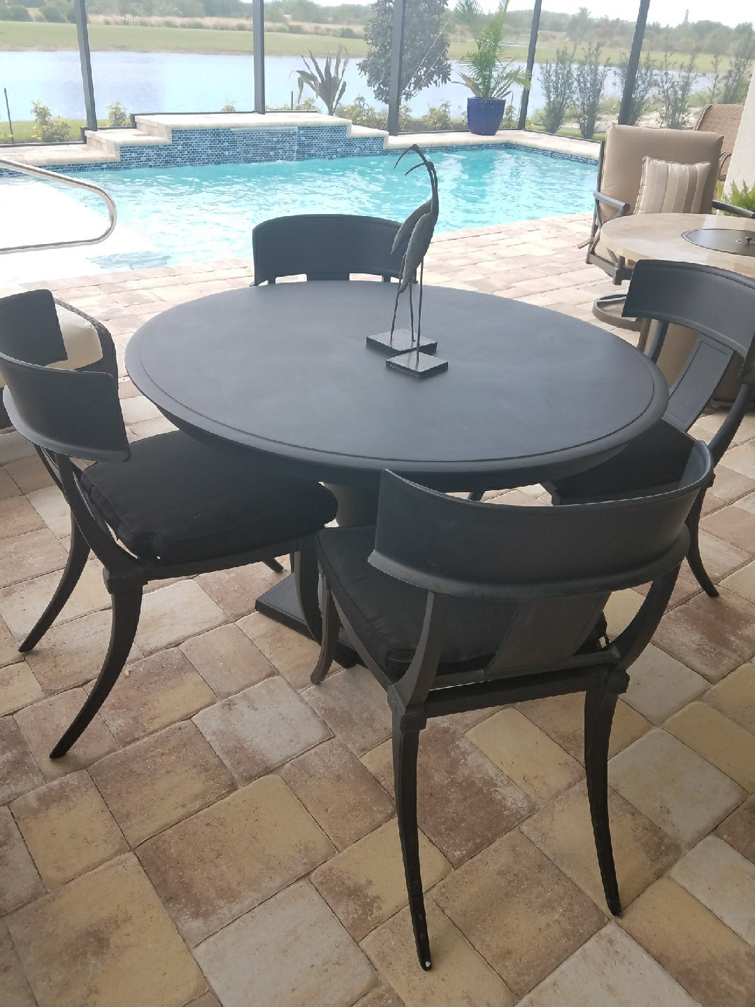 Terrific Restoration Hardware Outdoor Round 48 Dining Set With 4 Chairs And Cushions Inzonedesignstudio Interior Chair Design Inzonedesignstudiocom