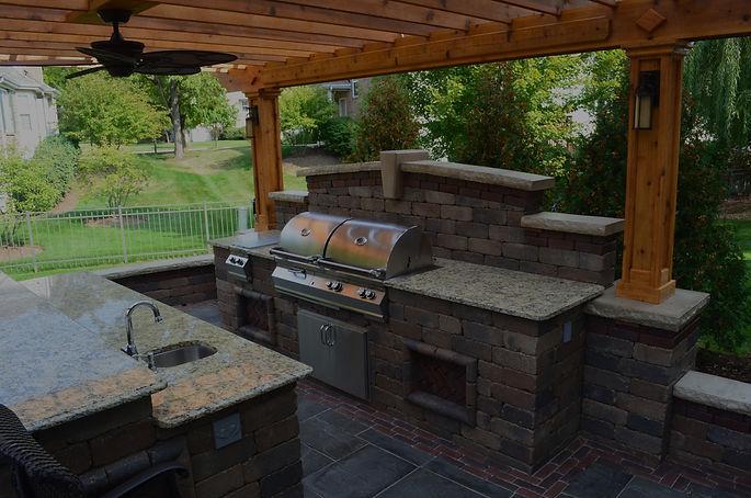 Pergola, Brick Island, Built-in Grill, Unilock