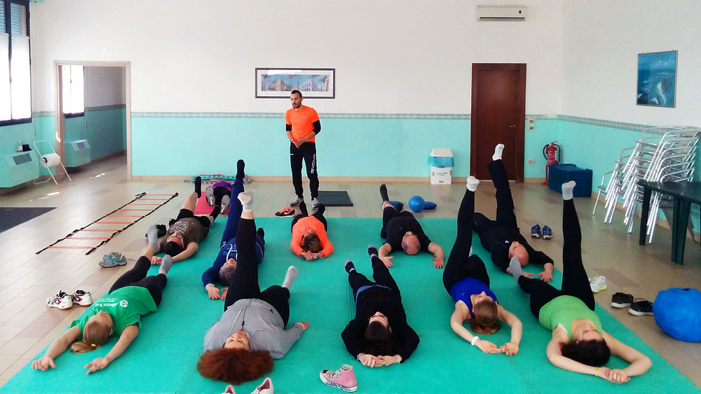 Red Cross Gorilla project's fitness training with the personal trainer Alessandro Pizzigolotto