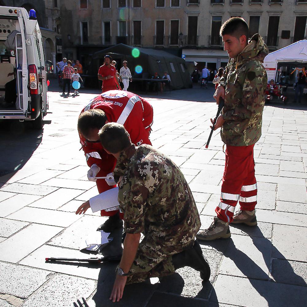 Italian Red Cross humanitarian law simulation in Padua (Italy)