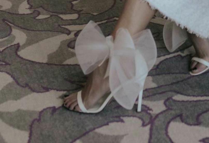 Shoe-bows