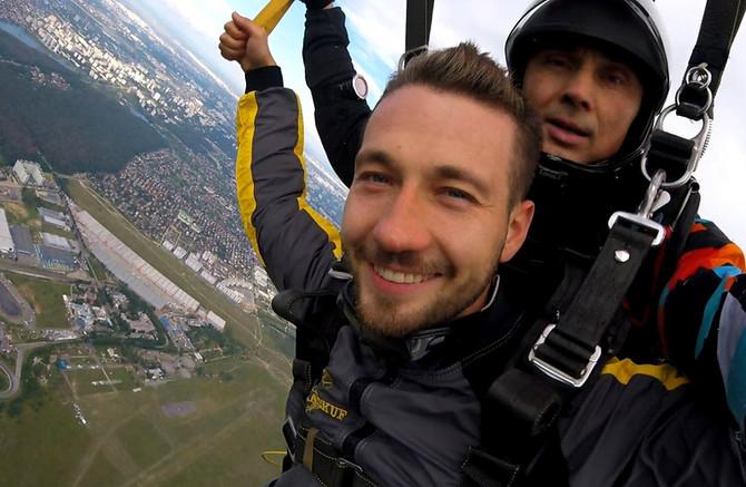 14 Октября - Прыжки с парашютом на Чайке