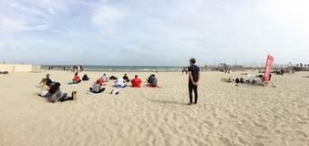 28 avril 2018 - Yoga à la plage avec les étudiants de l'IDRAC
