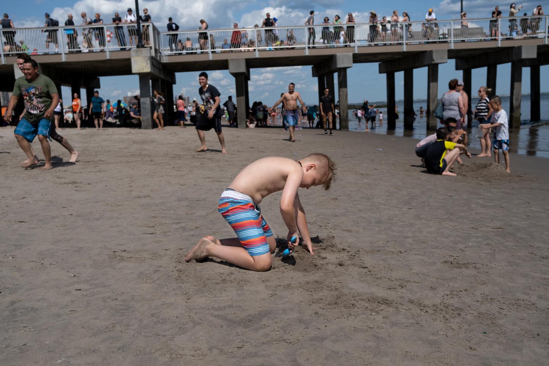 Beach_7_Coney Island Solo Dig.jpg
