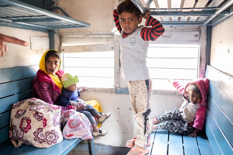 India_16_Family on Train.jpg