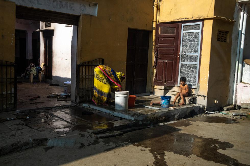 India_17_Bathing Time.jpg