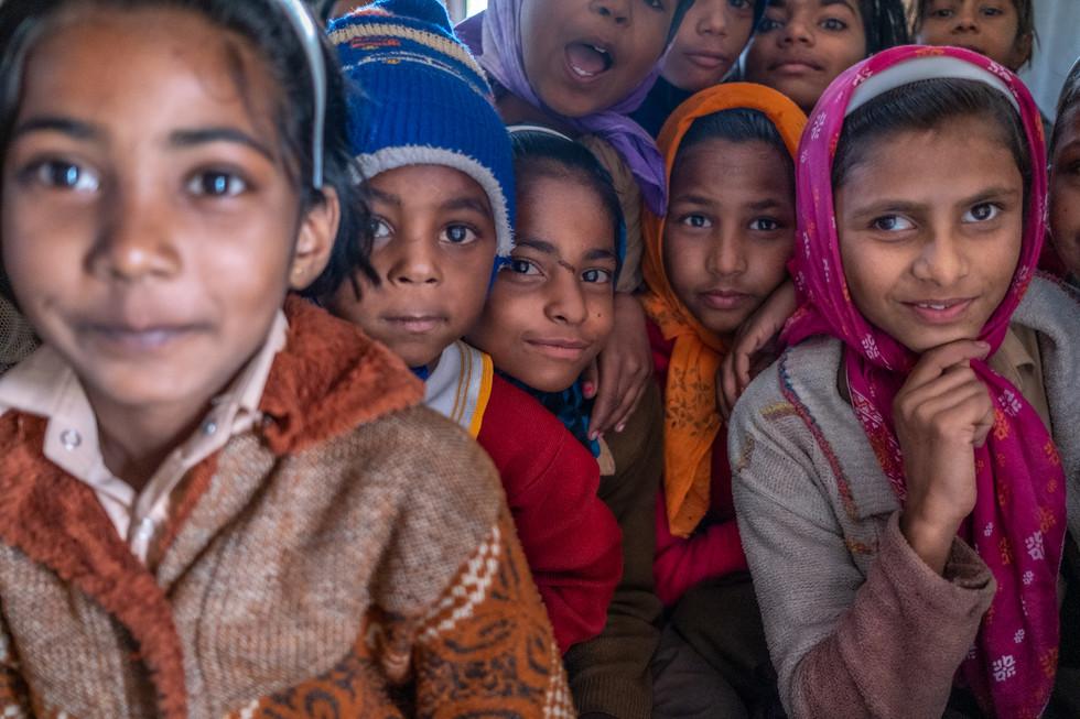 India_21_School Children.jpg
