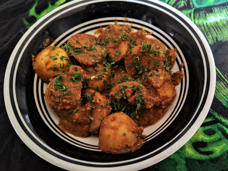 Potatoes in pea romesco sauce