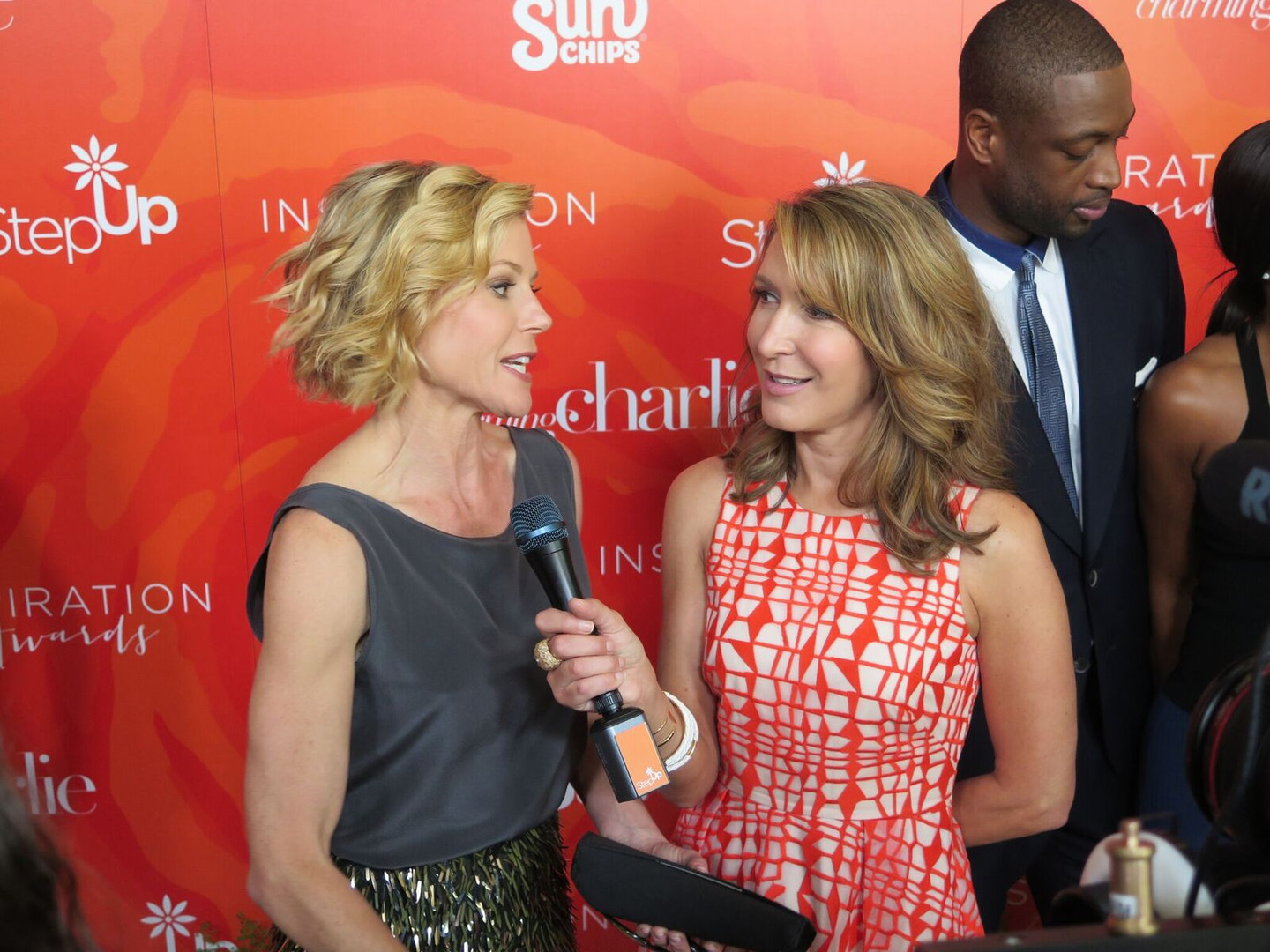 alison deyette and julie bowen.jpg