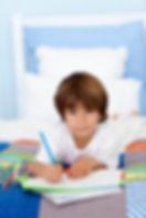 רימון- מרכז מומחים לילד ולמשפחה. מומחים בטיפול פסיכולוגי, CBT, הדרכת הורים, טיפול בחרדה, טיפול בדכאון, טיפול קוגניטיבי התנהגותי, טיפול רגשי לילדים, פסיכולוג,