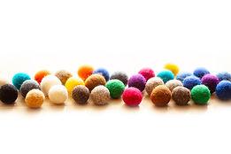 shutterstock_balls in line.jpg