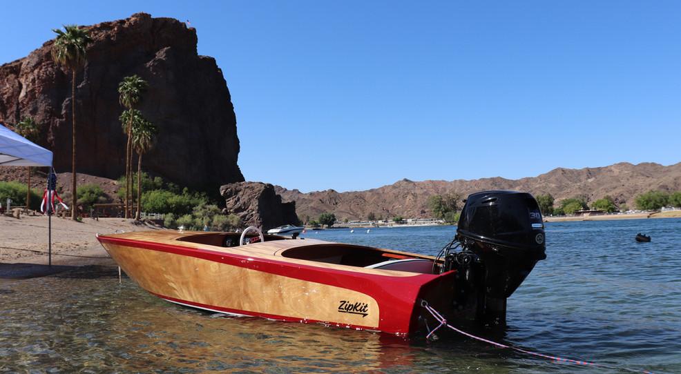 Echo Lodge Classic Kit Boat