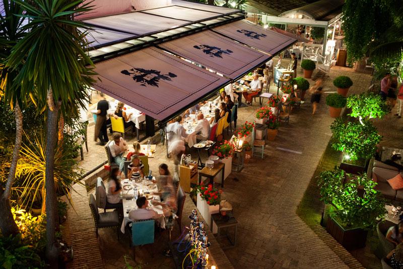 Plaza Puente Romano - Marbella - copyright Dani Garcia - gratis