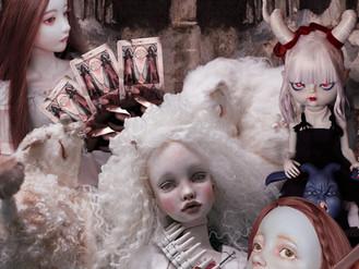 グループ OPIUM 人形 展