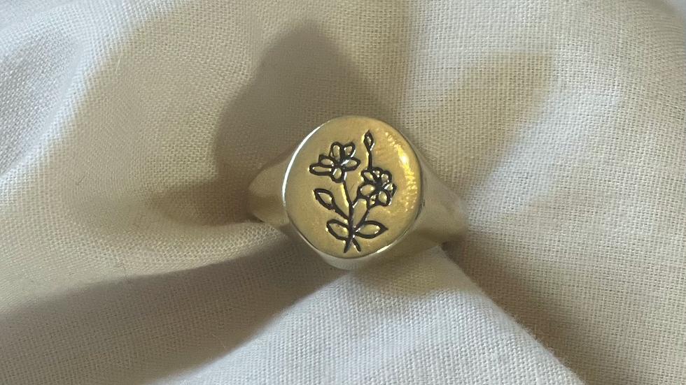 Wildflower signet ring