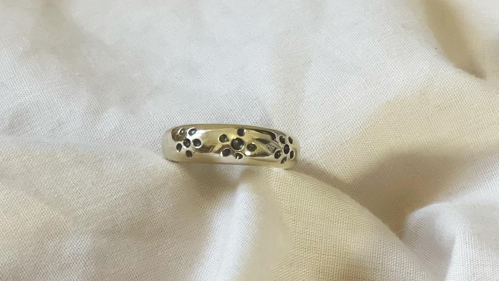 Daisy dome ring