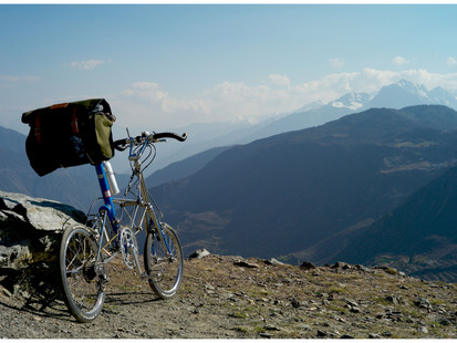 7 Reasons #4: Why Moulton Is The Most Comfortable Bicycle In The World - Touring Proven