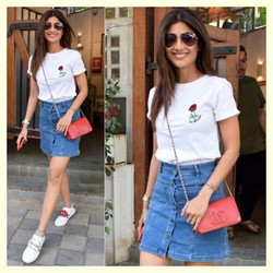 Shilpa Shettys with mismatched shoes