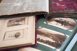 Installation - found albums