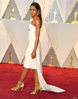Naomi Harris in mismatched shoes