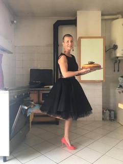 Enrica wears Simone mismatched pumps by Gen Nee
