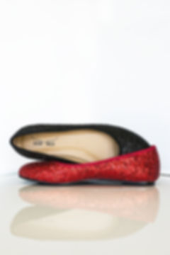 Mismatched colours glittery flat ballerinas from Gen Nee shoes. Ace model, glittery red and black